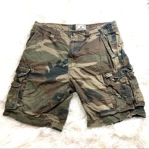 American Eagle Mens Long Camo Shorts Size 36